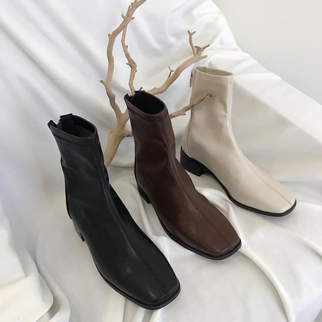 Xian Basic Ankle Boots