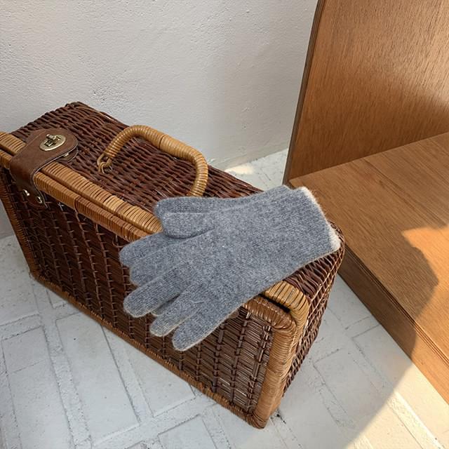 Baking knit gloves