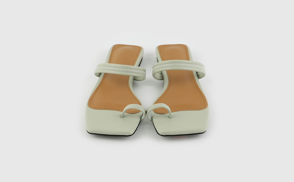 Simple Square Toe Hold Flat Sandals