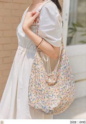 MEW FLOWER COTTON BAG