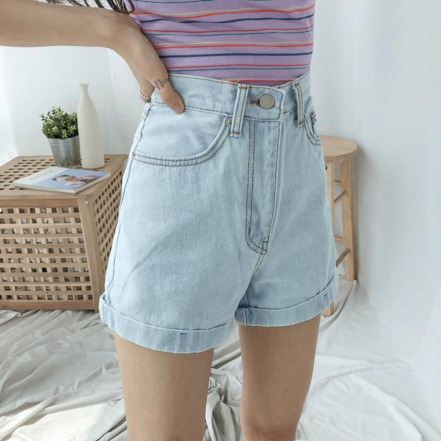 韓國空運 - 105 Mini Roll Up Denim Shorts 短褲