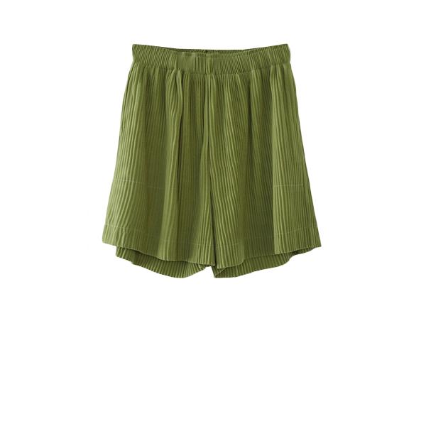 pleats half pants