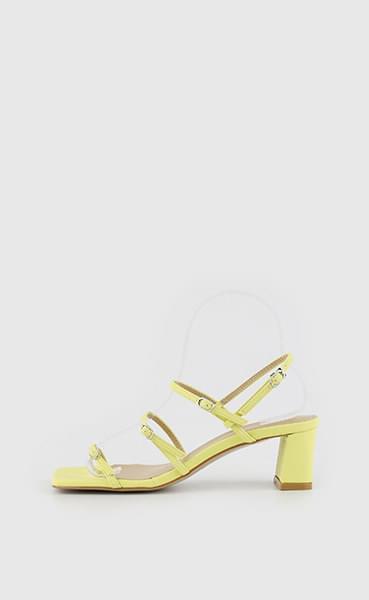 Bonnie Shine Strap Middle Heel Sandals