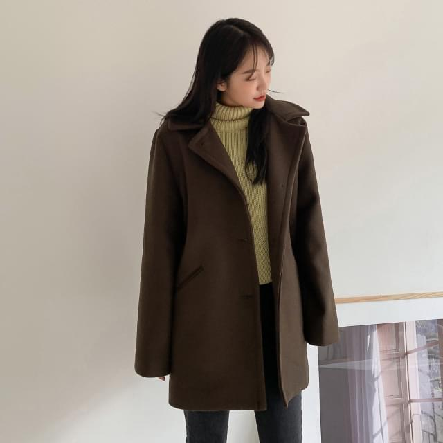 Quilted lining wool half coat