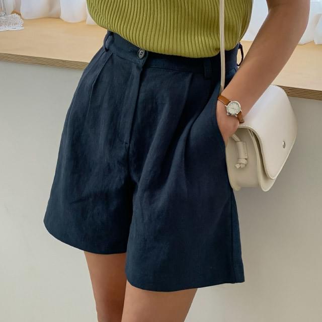 High-West Pintuck Linen Shorts