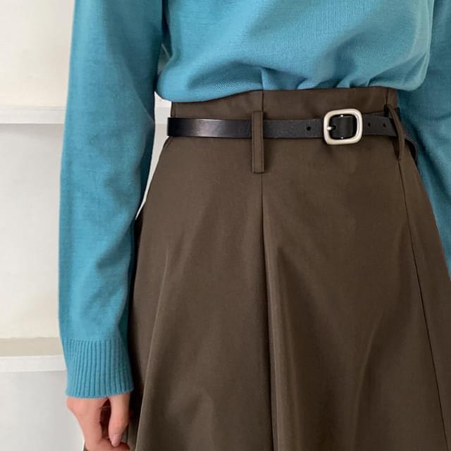 Simple buckle slim leather belt