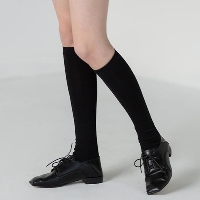 Slim fit knee long socks 襪子