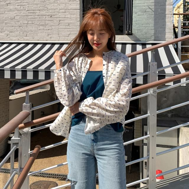 Embroidery pattern loose fit shirring blouse