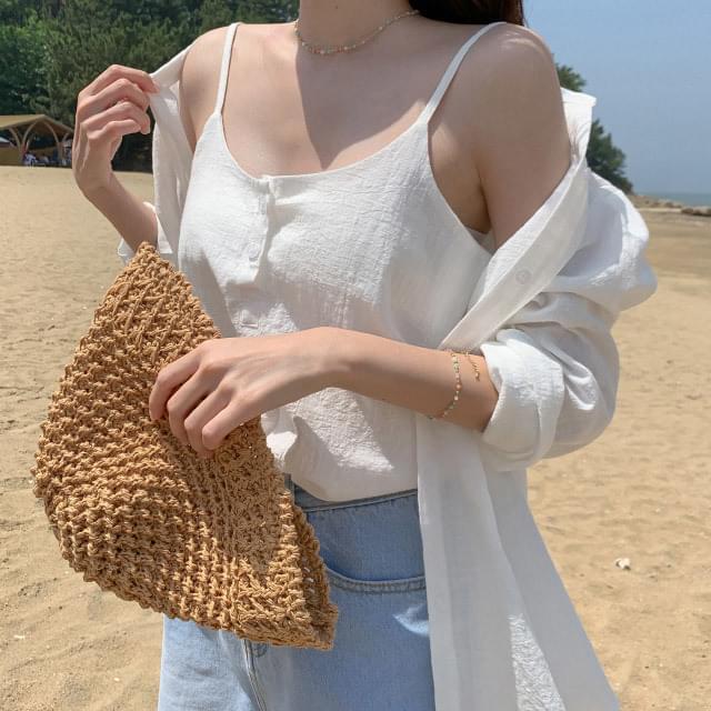 Wearable sleeveless shirt set