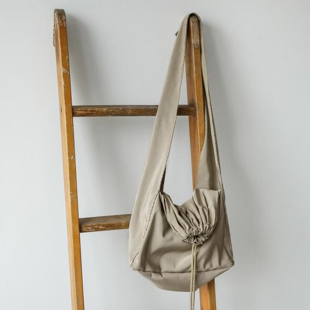 Casual poly shoulder bag