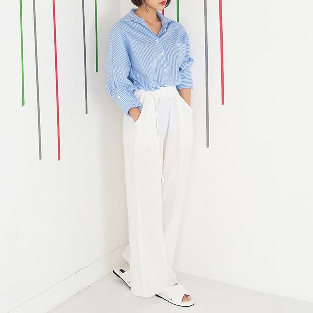 Unique string wide pants