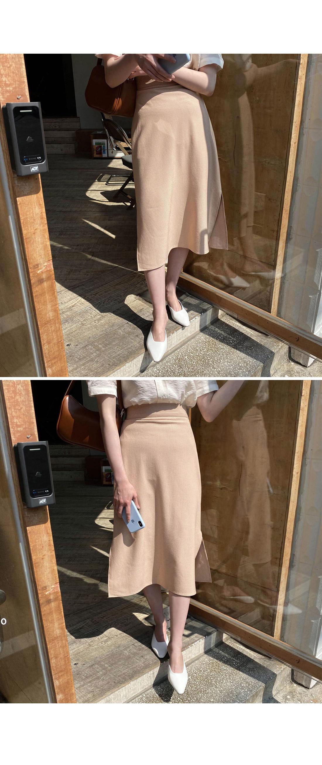 Popcorn check slit long skirt