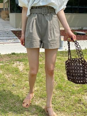 Cucurine Shorts