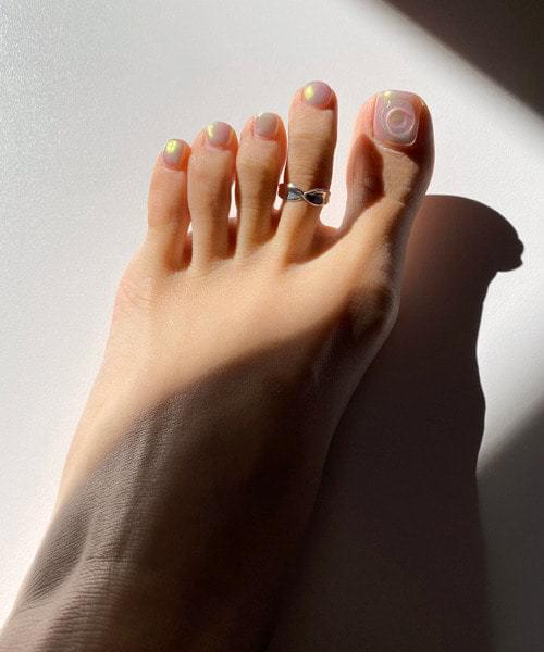 wishy toe ring