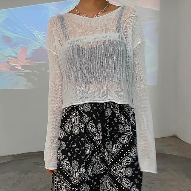 Crop-through net knit