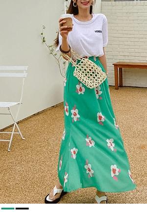 Big Flower Presence Long Skirt