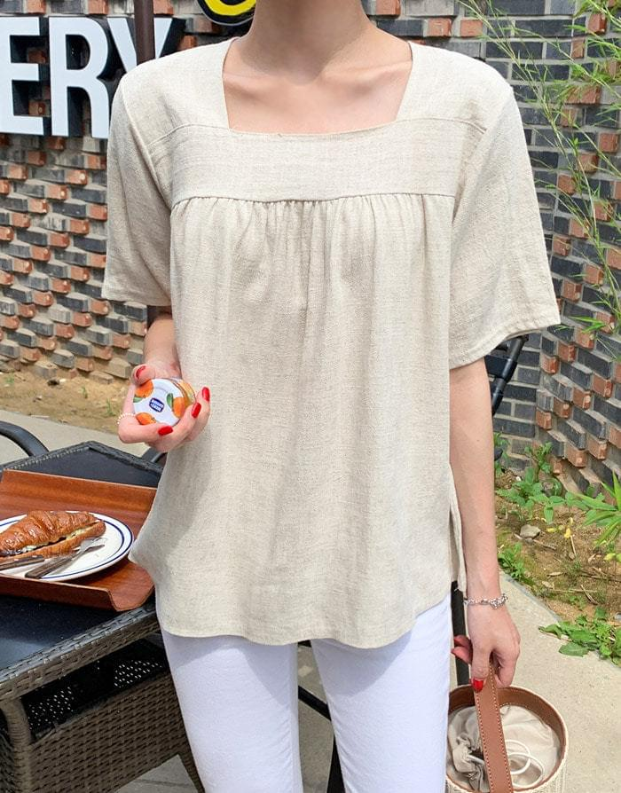 Flared linen square blouse