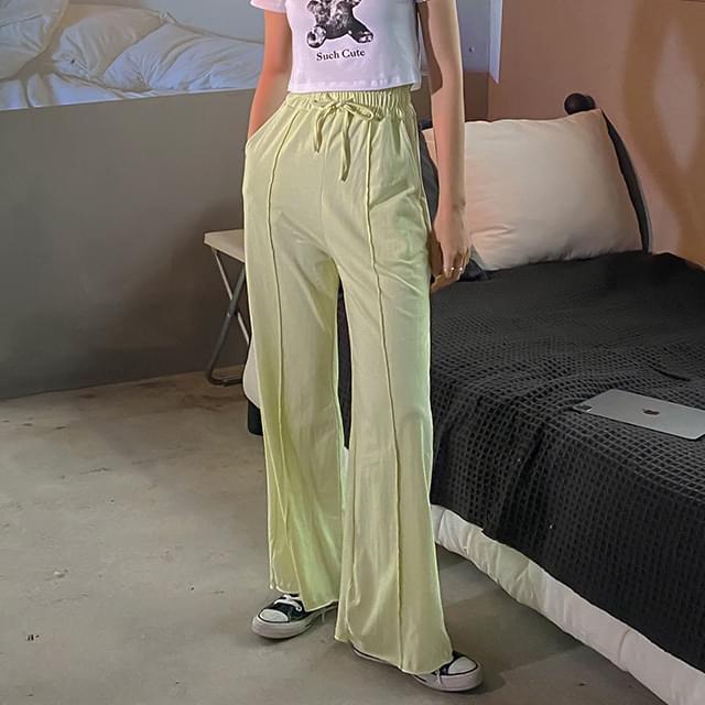 Wide Lavin Pintuck Training Pants
