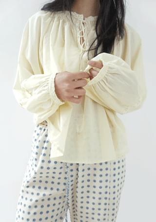 tassel lace blouse