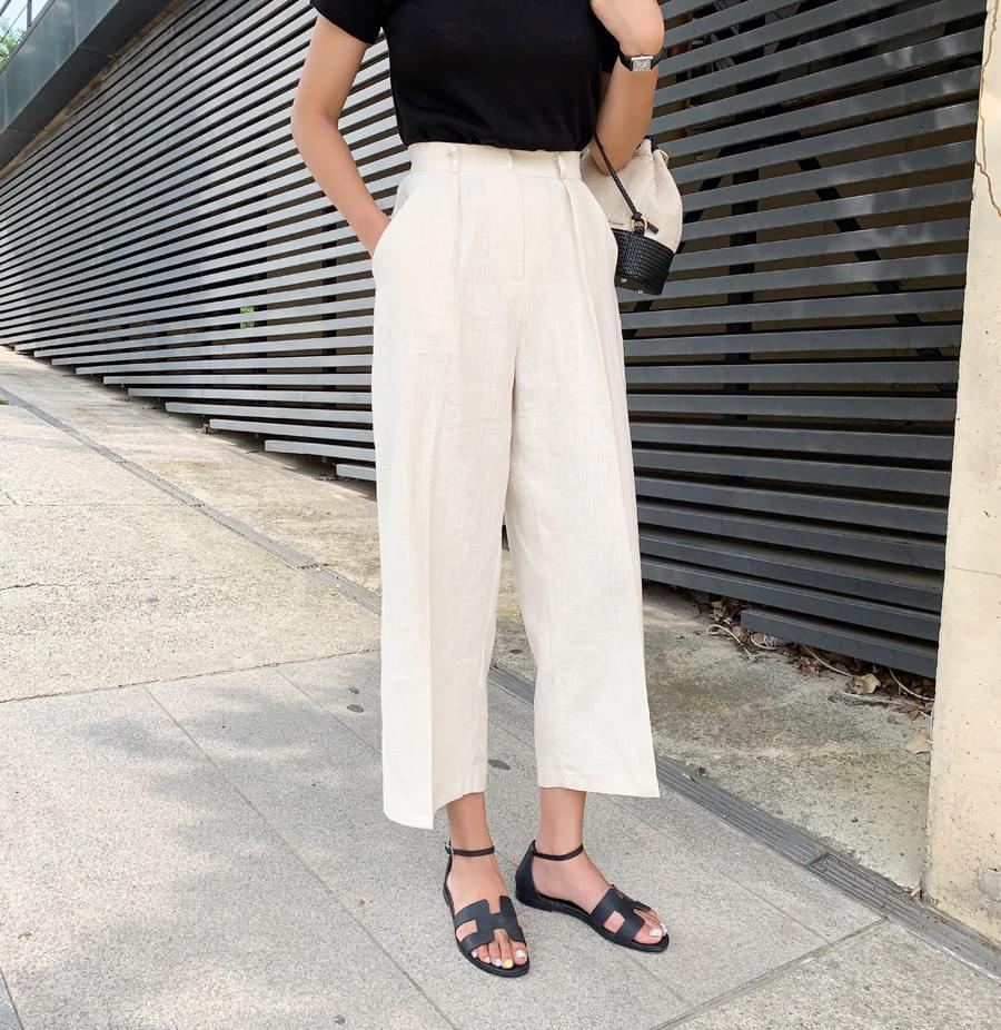 Dolce pin tuck pants