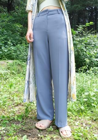 cool texture basic slacks