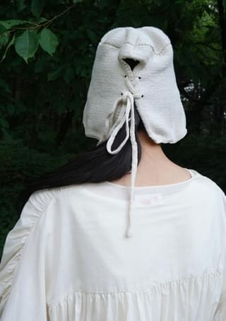 cross strap crochet hat