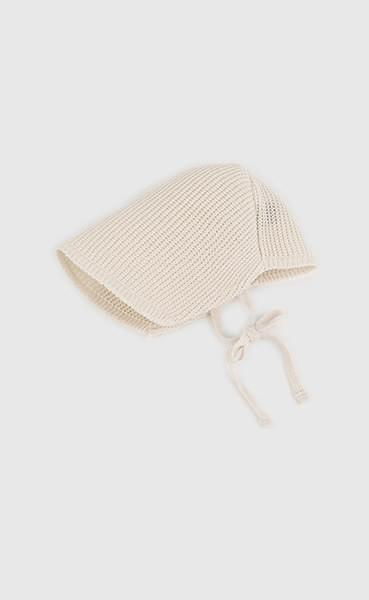 Paper bonnet bucket hat