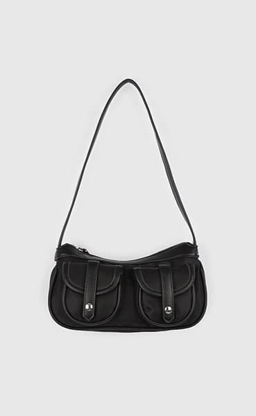Two pocket saddle shoulder bag