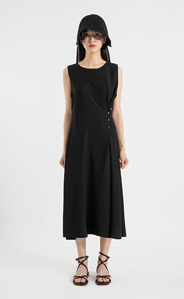 Unique side-button midi dress