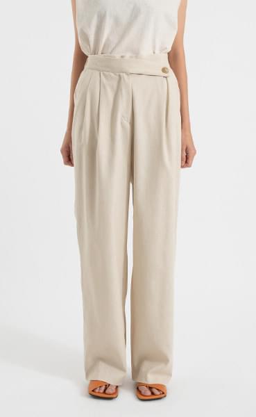Button pintuck high-rise slacks pants