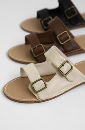 Two buckle flat slippers
