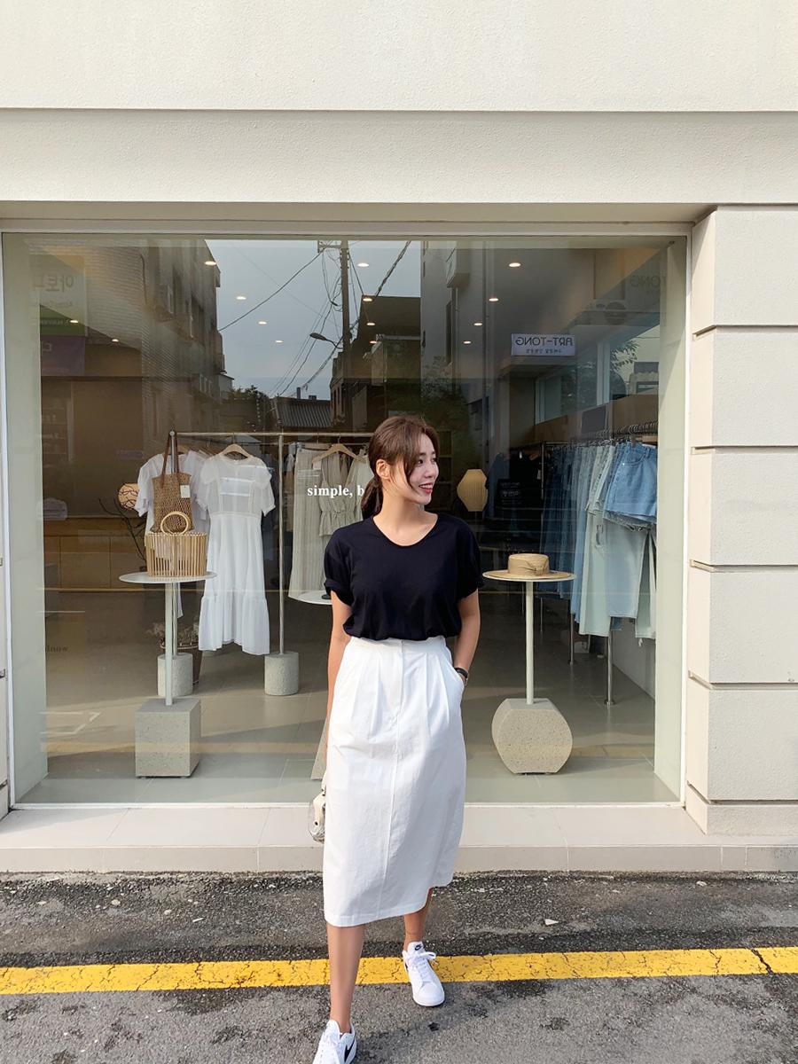 Cotton pin tuck skirt