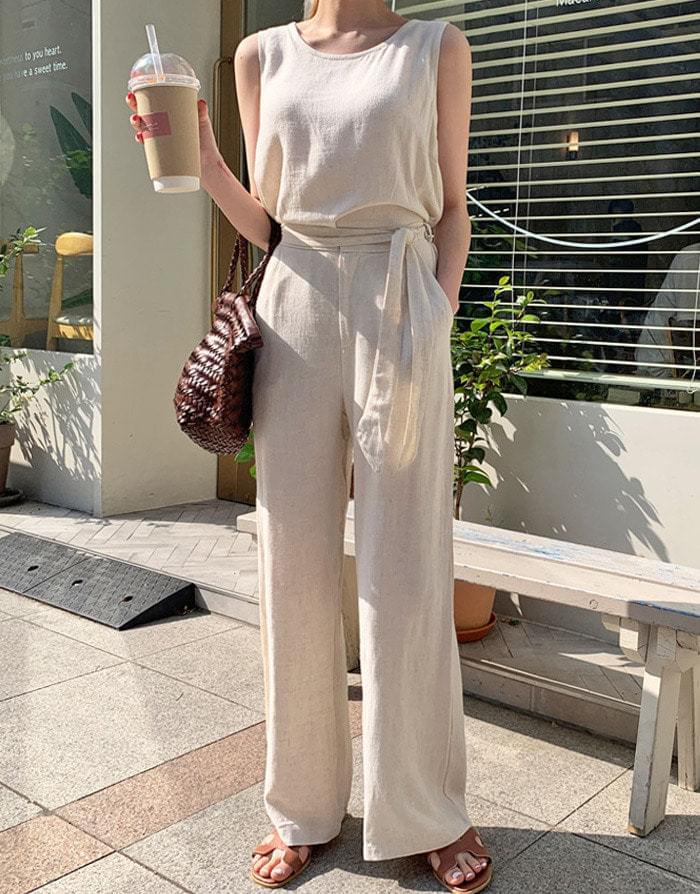 Linen sleeveless slacks set
