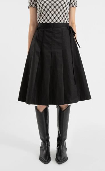 Strap pleated midi skirt