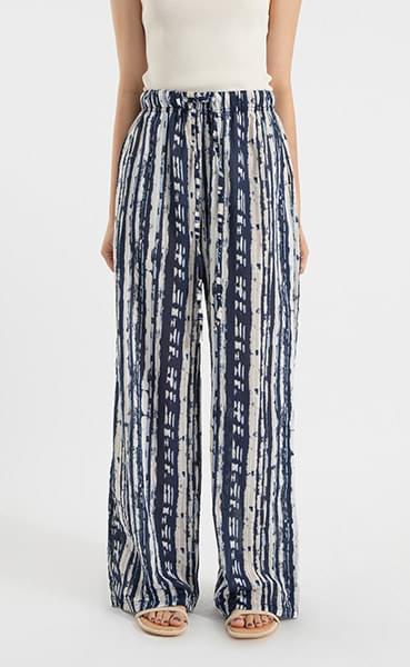 Kind striped pattern banding pants
