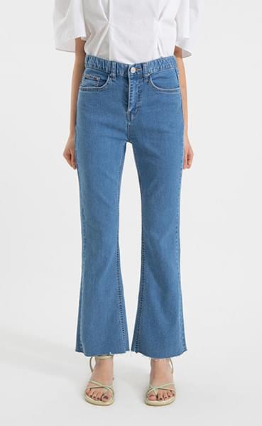 Summer-cut high-rise bootcut jeans