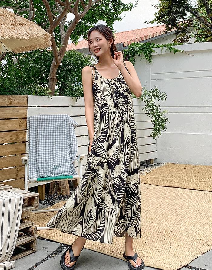 Leaf string printing dress