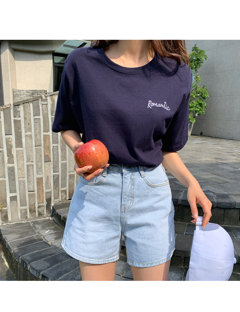 Romantic Embroidery Short-sleeved T-shirt