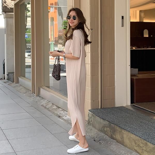 Wrinkle Free Pleats Short Sleeve Long Dress #37517