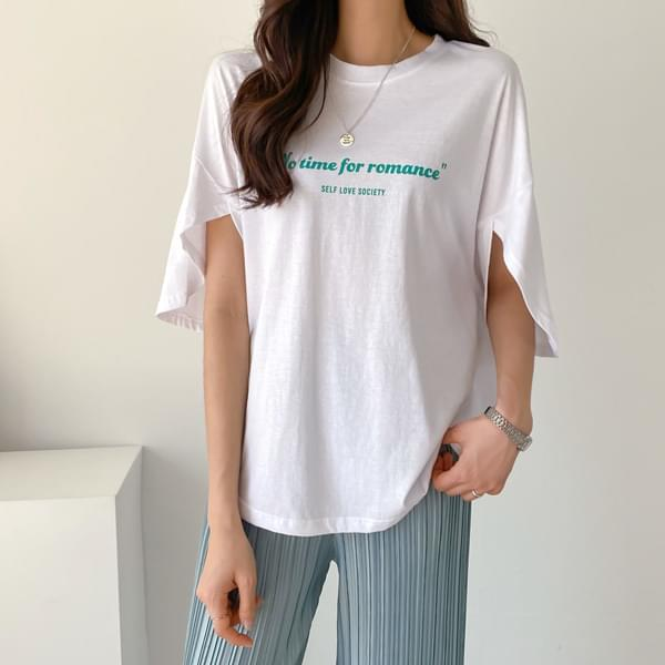 Short Sleeve T-Shirt with Open Sleeve Lettering #108155