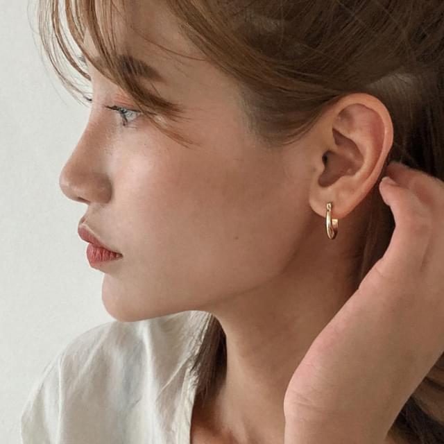 2 color basic ring earring