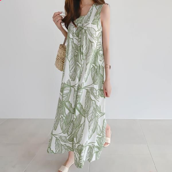 Long dress full of leaves #37203