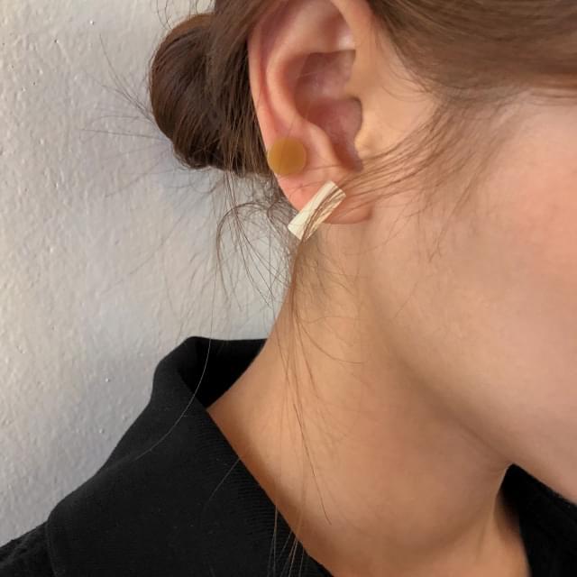 3-shape mix earring