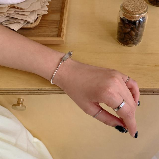 Simple layering jewelry set