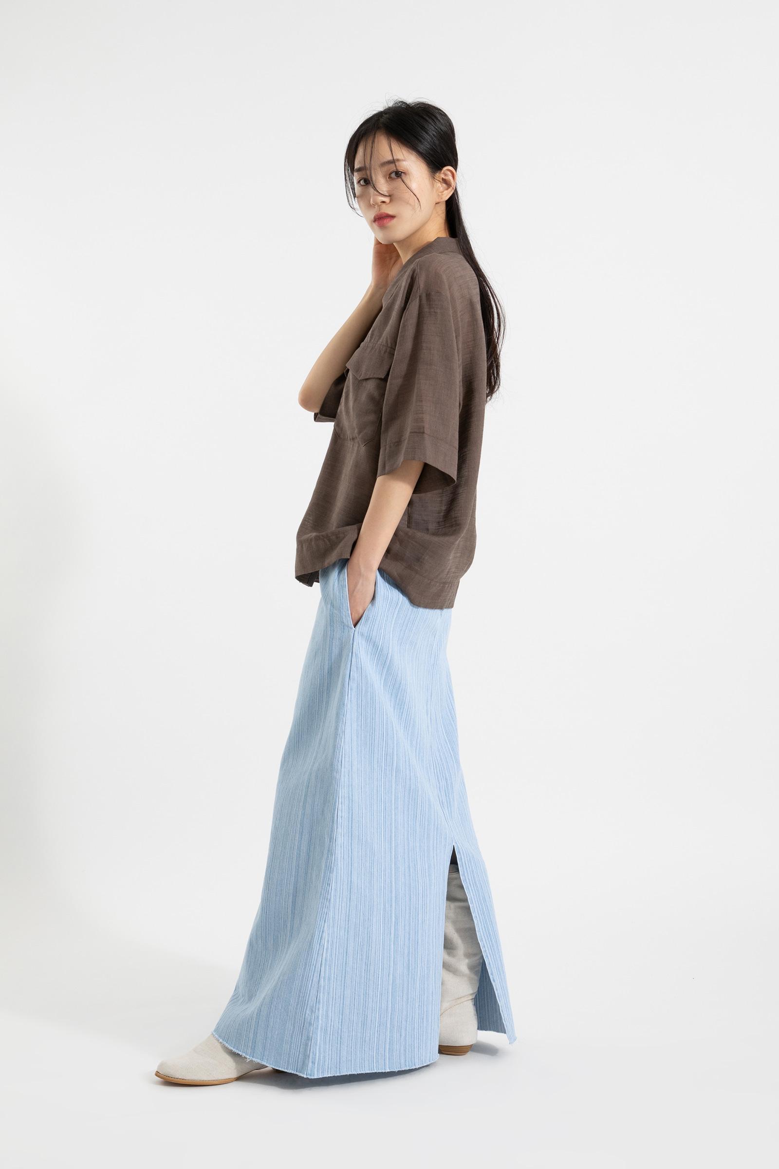Two pocket linen over half shirt