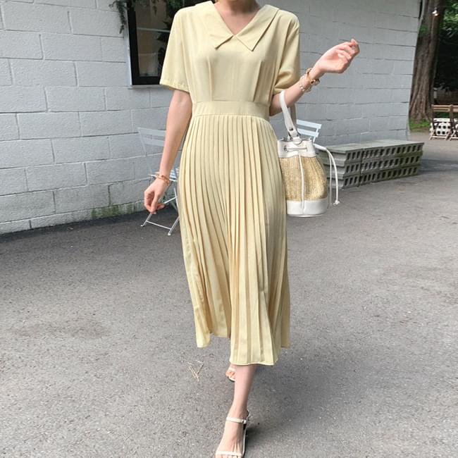 Dazzling Shimmer Color Loose Fit Dress