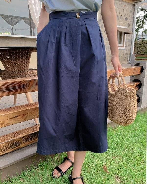 #Any place Winnie two button midi skirt
