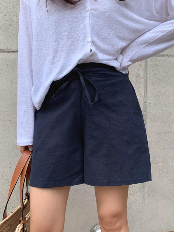 << planned product >> Cozy string linen shorts