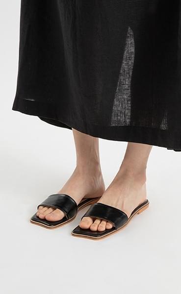 Dives Cloud Flat Sandals