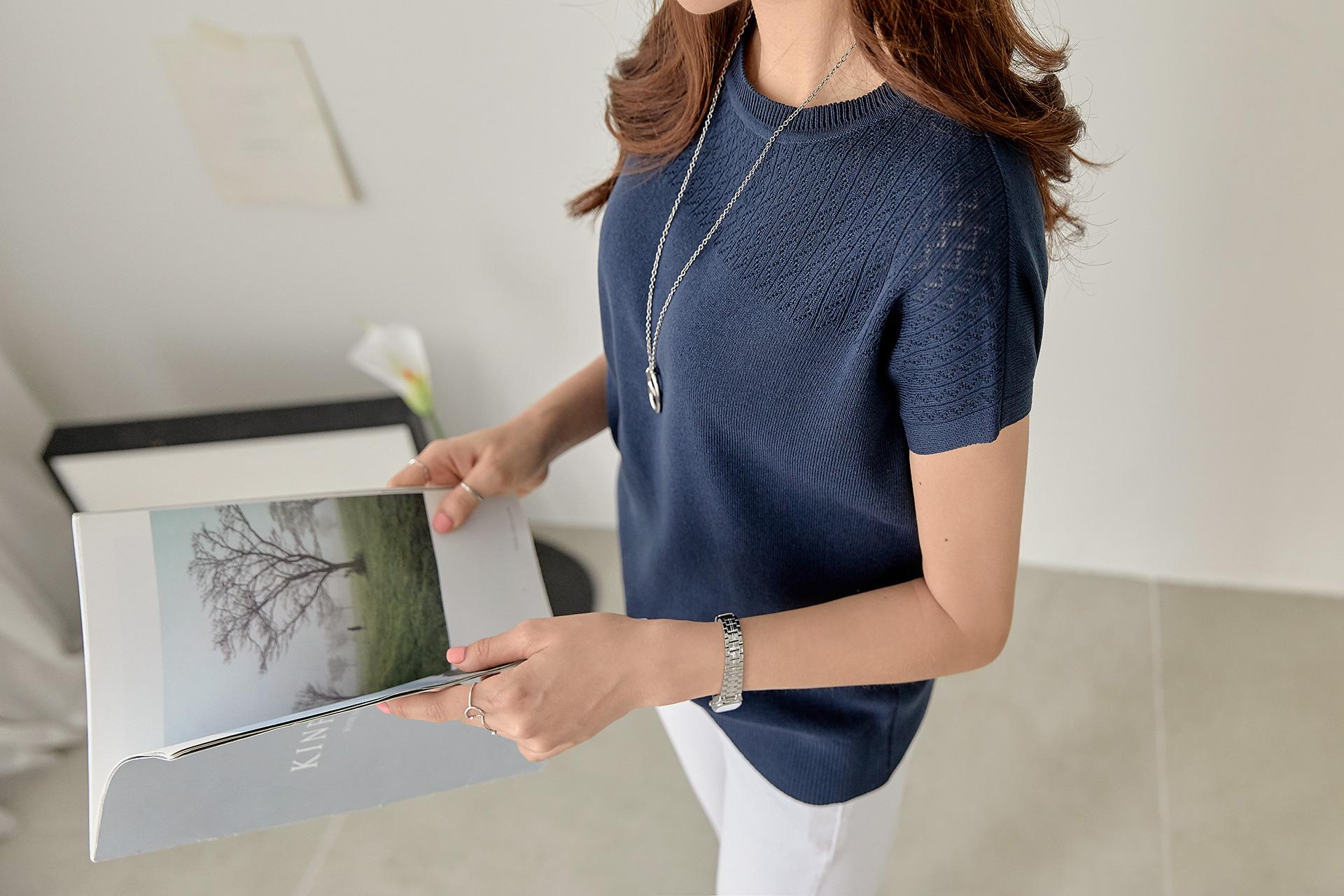 Slack fit round shoulder knit #107291
